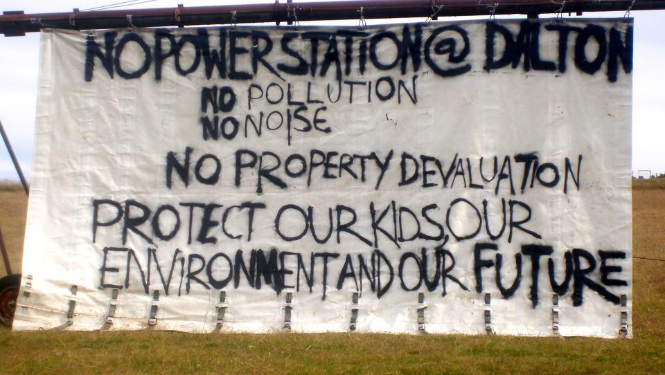 Dalton banner (Image via facebook)