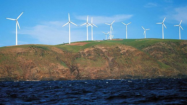 495783-wind-turbine