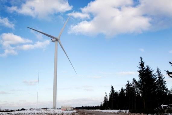 largest-wind-turbine-vestas(1)