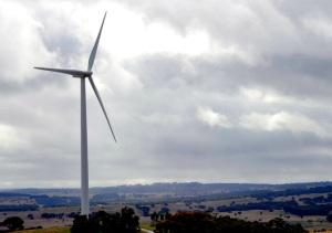 Australia has a possible path to 100% renewables – if governments and business can be persuaded to take it. AAP Image/Alan Porritt
