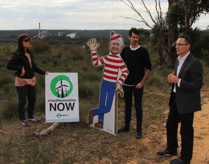 Senator Richard Di Natale throws his support behind the campaigns to protect the RET and shut down the coal plant
