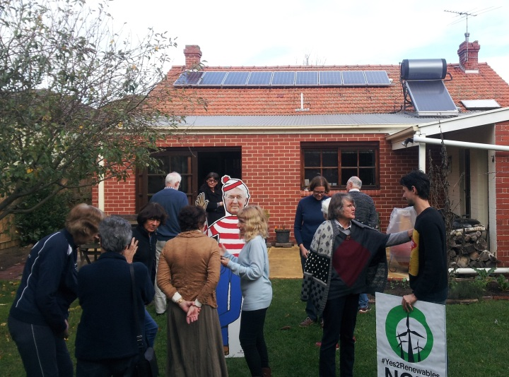 Yes 2 Renewables and Brighton locals discuss the Renewable Energy Target.