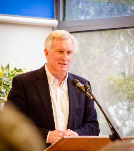 "Former Australian Liberal leader Dr John Hewson sees renewable energy as a ""bright spot"" in the economy."