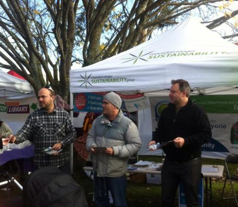 Yes 2 Renewables and Macedon Ranges Sustainability Group join forces in 2014.